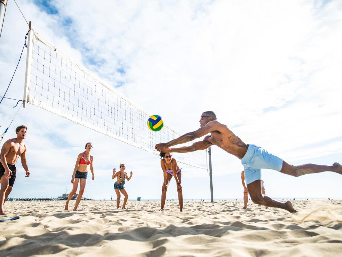 Как се играе плажен волейбол
